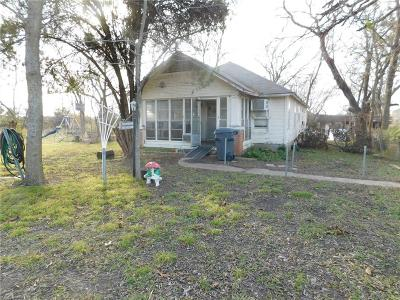 Desoto Single Family Home For Sale: 1005 S Uhl Road