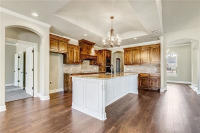 Granbury Single Family Home For Sale: 6301 Weatherby Road