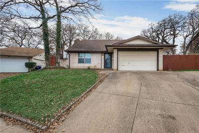 Bedford, Euless, Hurst Single Family Home For Sale: 413 Lone Oak Circle