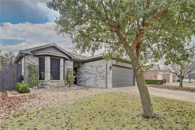 Fort Worth Single Family Home For Sale: 1012 Buffalo Springs Drive