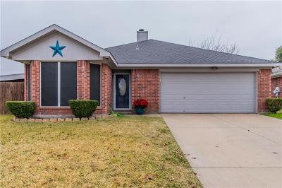 Burleson Single Family Home For Sale: 1008 Miles Avenue