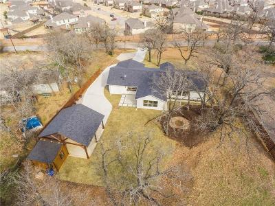 Kennedale Single Family Home For Sale: 820 Mansfield Cardinal Road