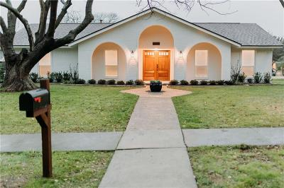 Richardson Single Family Home For Sale: 425 Valley Cove Drive