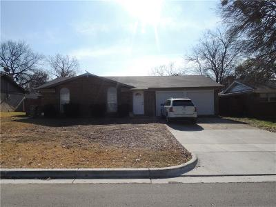 North Richland Hills Single Family Home For Sale: 7520 Deaver Drive