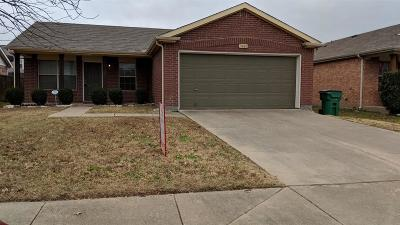 Denton County Single Family Home Active Option Contract: 9008 Chisholm Trail