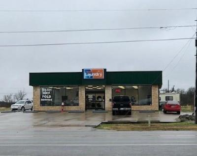 Coolidge, Mexia, Mount Calm Commercial For Sale: 1320 E Milam Street