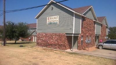 Celina  Residential Lease For Lease: 809 W Walnut Street #A102