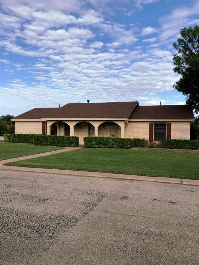 Baylor County Single Family Home For Sale: 610 Sunset