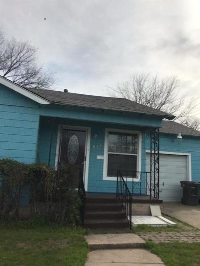 Fort Worth Single Family Home For Sale: 812 E Cantey Street