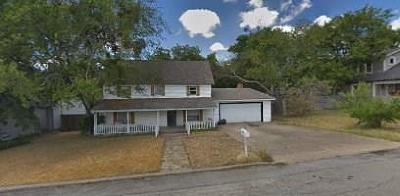 Midlothian Single Family Home For Sale: 211 S 2nd Street