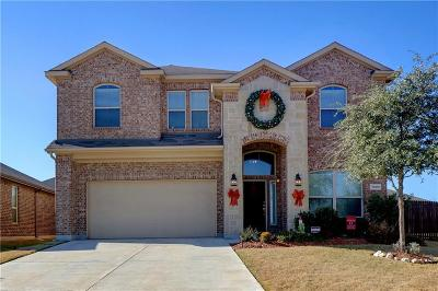 Fort Worth TX Single Family Home For Sale: $299,999