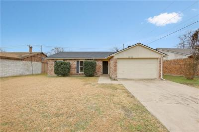 North Richland Hills Single Family Home For Sale: 7200 Lancashire Drive