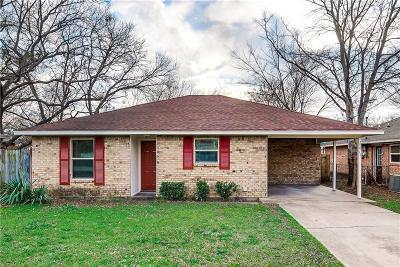 Waxahachie Single Family Home For Sale: 208 Aldridge Street
