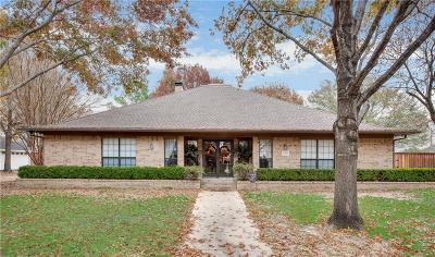 Angus, Barry, Blooming Grove, Chatfield, Corsicana, Dawson, Emhouse, Eureka, Frost, Hubbard, Kerens, Mildred, Navarro, No City, Powell, Purdon, Rice, Richland, Streetman, Wortham Single Family Home For Sale: 1712 Bowie Circle
