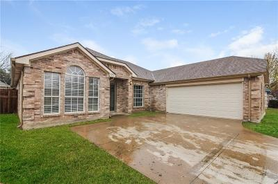 Denton Single Family Home For Sale: 5217 Whiting Way
