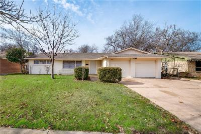 Grand Prairie Single Family Home For Sale: 1914 Balla Way