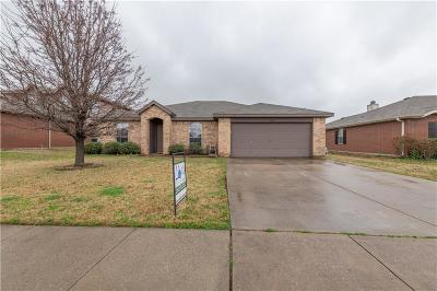 Bexar County, Collin County, Denton County, Kendall County Single Family Home For Sale: 1608 Appaloosa Drive