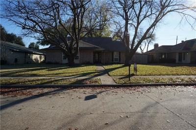 Richardson Single Family Home For Sale: 2108 Oak Brook Drive