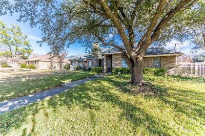 Sachse Single Family Home For Sale: 6426 Parkview Drive
