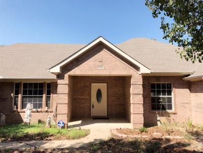 Saginaw Single Family Home For Sale: 2109 Assembly Road