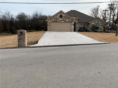 Granbury Single Family Home For Sale: 6201 Sonora Drive