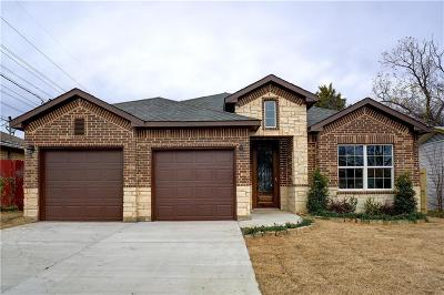 Grand Prairie Single Family Home For Sale: 2126 Spikes Street