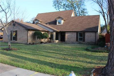 Irving Single Family Home For Sale: 1310 Carriage Drive