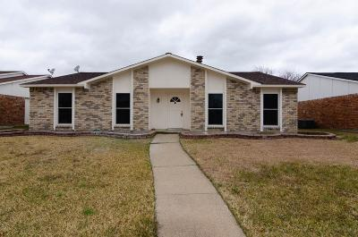Rowlett Single Family Home For Sale: 8821 Linda Vista Drive