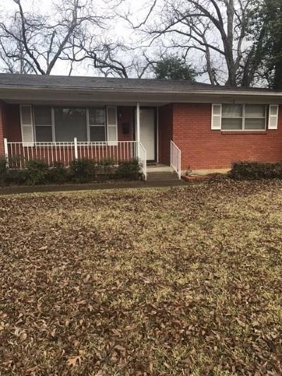 Arlington Single Family Home For Sale: 1603 W Lovers Lane
