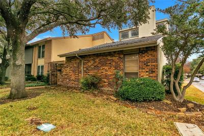 Dallas County Townhouse For Sale: 9337 Chimney Sweep Lane