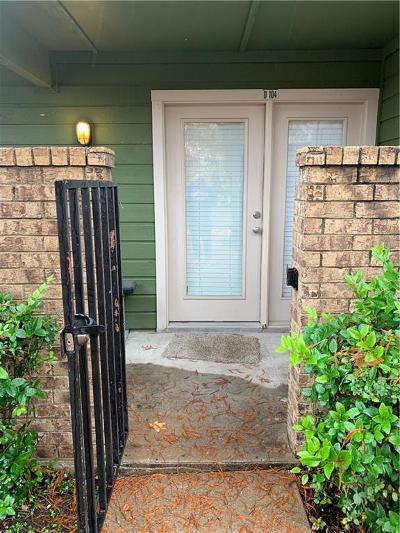 Dallas County Condo For Sale: 9807 Walnut Street #D-104