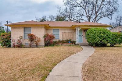 Dallas Single Family Home For Sale: 2305 Hillburn Drive