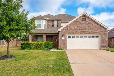 Grand Prairie Single Family Home For Sale: 2928 Albares