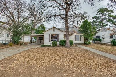 Denton Single Family Home For Sale: 2308 Palmer Drive