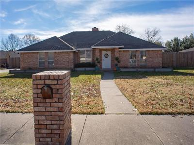 Waxahachie Single Family Home For Sale: 202 Tanglewood Lane