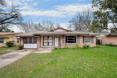 Grand Prairie Single Family Home For Sale: 1821 Terry Drive