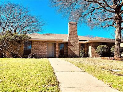 Dallas County Single Family Home For Sale: 420 Meadow Ridge Drive