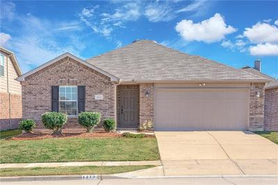 Denton County Single Family Home For Sale: 1413 Nicholas Lane
