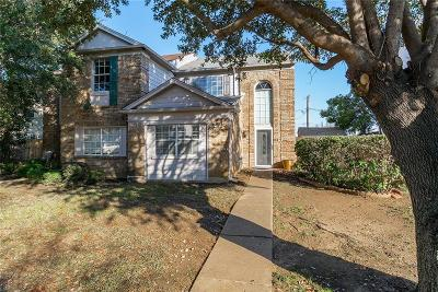 Tarrant County Single Family Home For Sale: 3417 Ramey Drive