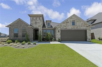 Tarrant County Single Family Home For Sale: 1235 Caraway Lane