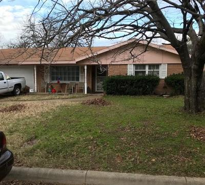 Fort Worth Single Family Home For Sale: 324 Cotillion Road