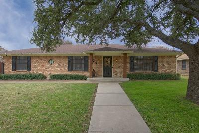 Benbrook Single Family Home For Sale: 125 Amory Drive