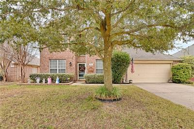 Mansfield Single Family Home For Sale: 202 Millington Trail