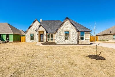 Crowley TX Single Family Home For Sale: $450,000