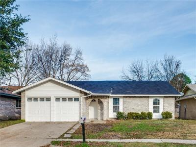 Grand Prairie Single Family Home For Sale: 610 Lynne Drive