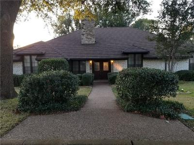 Arlington Single Family Home For Sale: 2710 Marquis Circle E