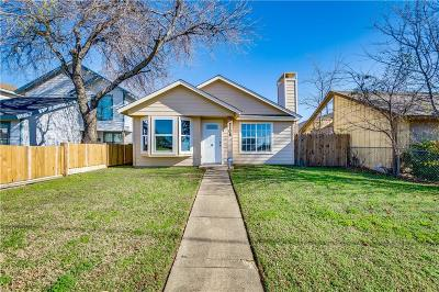 Dallas Single Family Home For Sale: 2108 N Masters Drive