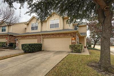 Plano Townhouse Active Option Contract: 3261 Parma Lane