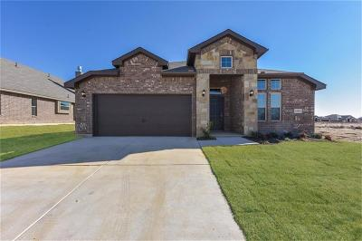 Weatherford Single Family Home For Sale: 2525 Doe Run
