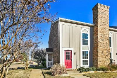 Euless Townhouse For Sale: 69 Winchester Drive